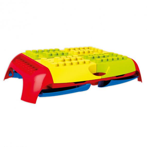 Set barevných kostek s přenosným stolem MOCHTOYS 11019
